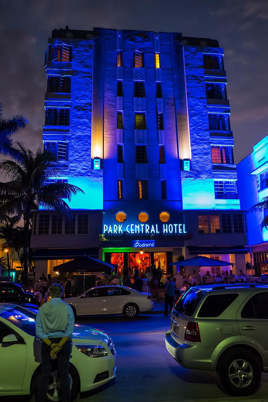Miami's Neon Night's