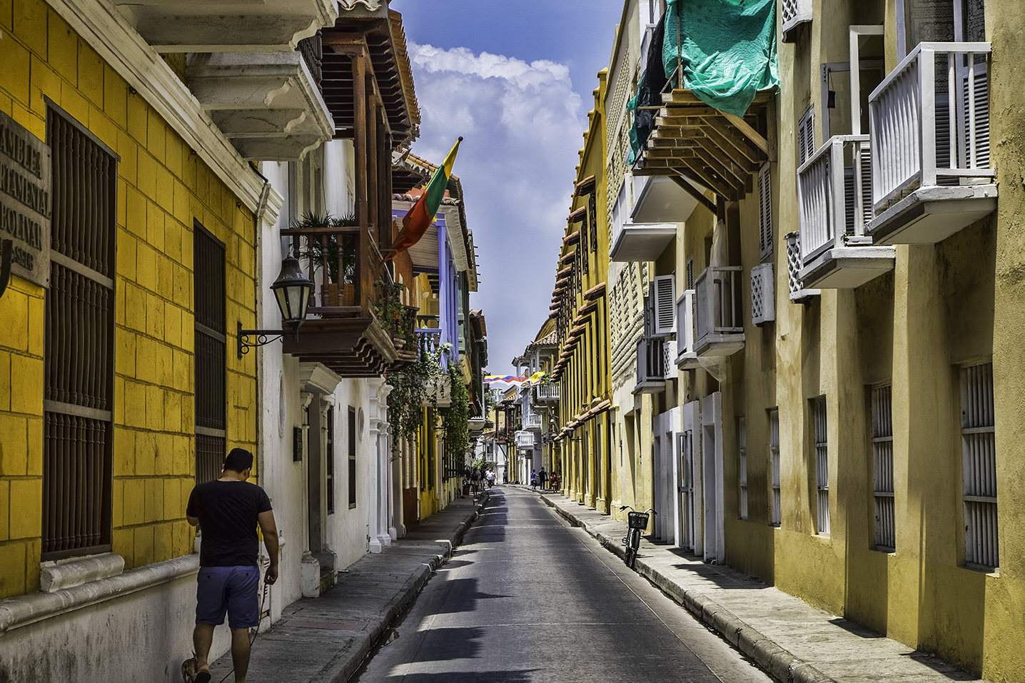 A Day in Cartagena, Colombia: Boca Grande & Old Town